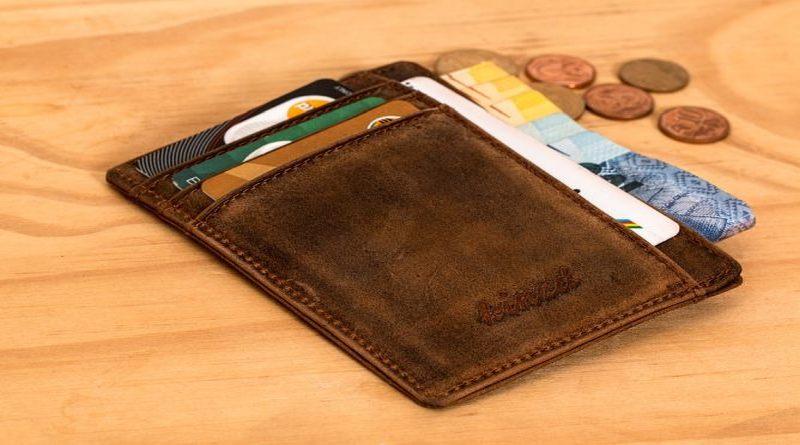 Bargeld-Kreditkarte
